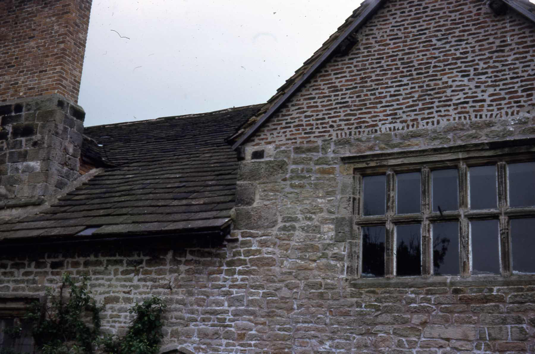D2 020 Corley Old Hall - detail of brickwork.jpg