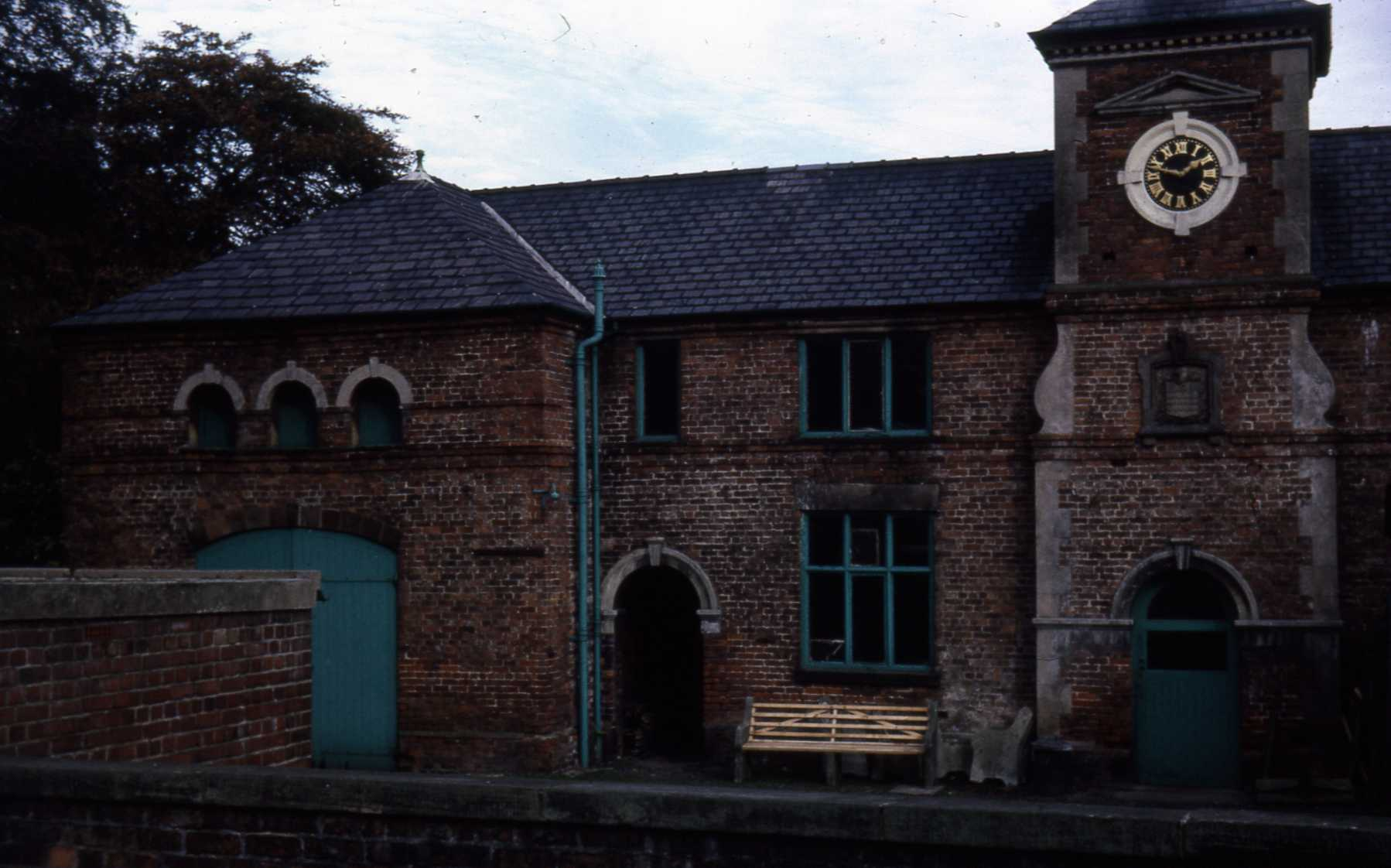 D9 002 1830 Door and Window Heads. Coach House and Stables. Castle Park.jpg