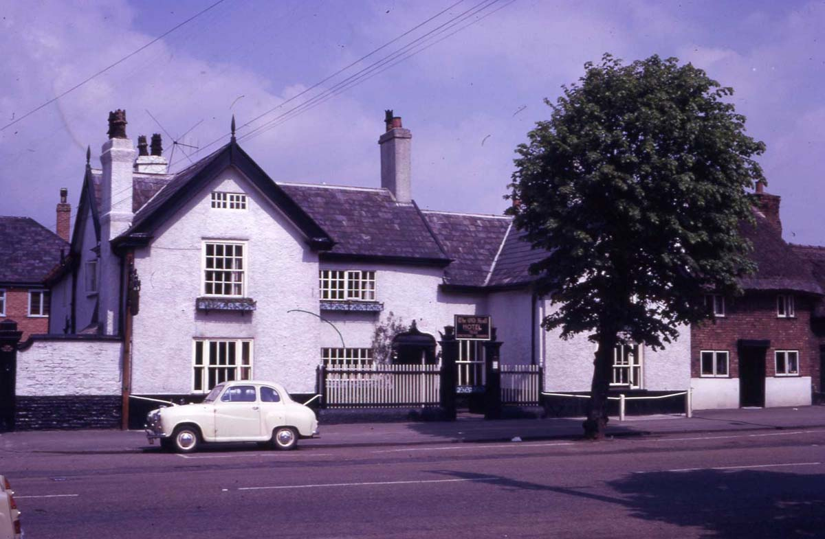 04 Old Hall Hotel Frodsham 1962.jpg
